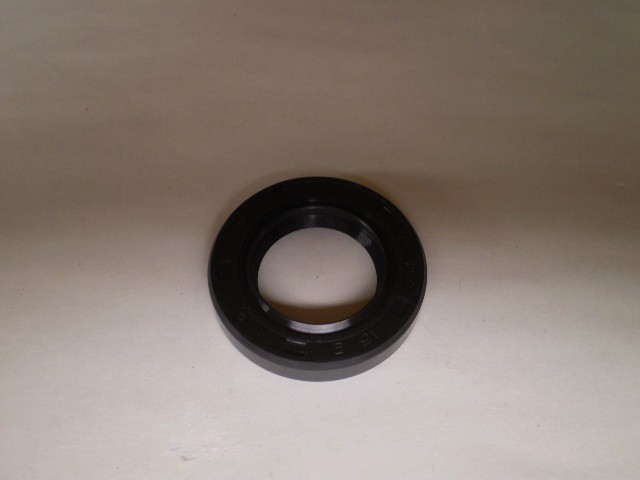 Subaru Sambar Mini Truck Oil Seal Differenital Side