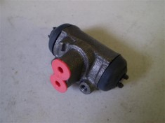 Suzuki Carry Mini Truck Rear Wheel Cylinder