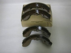 Suzuki DB52T/DA62T Brake Shoes