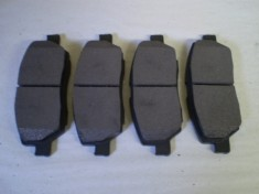 Suzuki Carry Mini Truck Front Brake Pads DA52 DB52 DA62 DG52 DH52 DG62