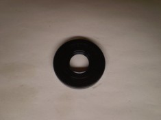 Suzuki Carry Mini Truck Front Mission Input Shaft Seal